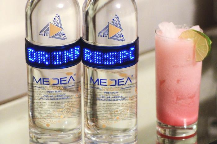 Medea Pink